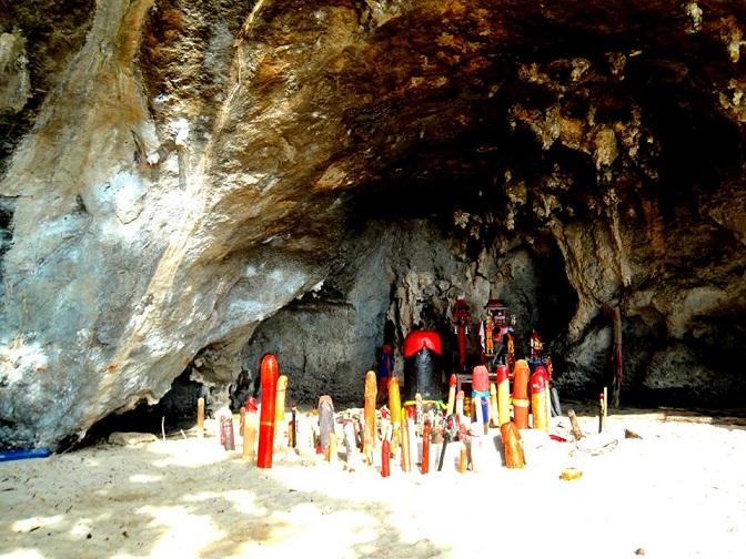 Phra Nang Shrine in Cave