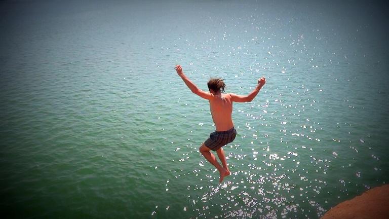 Cliff Jump in Hampi