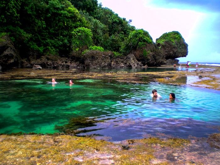 Magpupungko pool on Siargao island (Philippines)