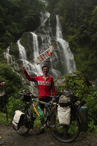 Traveling the World on a Bicycle - Mike Roy