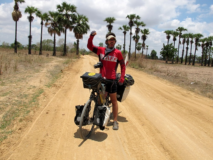 Around the World on Bicycle - Mike in Myanmar