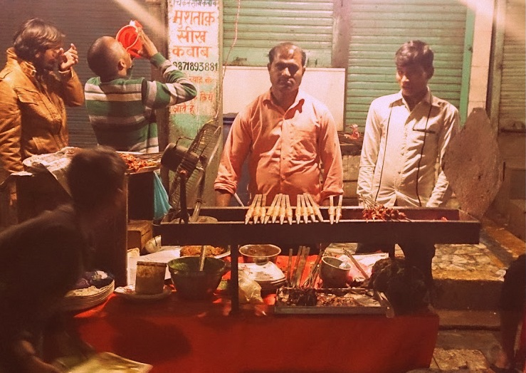 Jama Maszid Lane during Ramzan - Why Life in India is awesome by DrifterPlanet.com