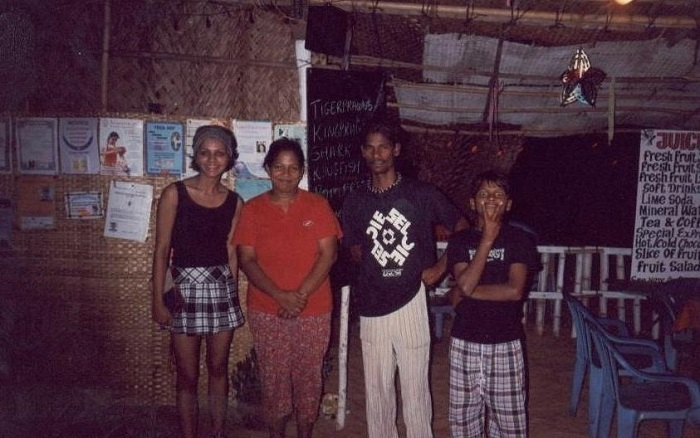 A Local Goan Family back in 2004