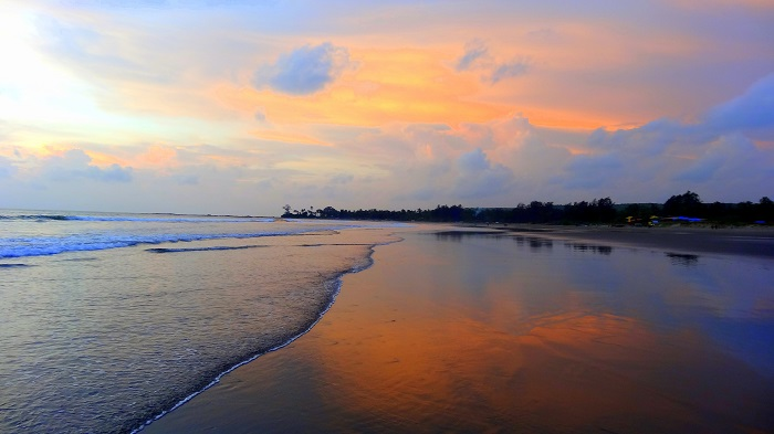 Sunset at Morjim Beach - Guide to North Goa Beaches