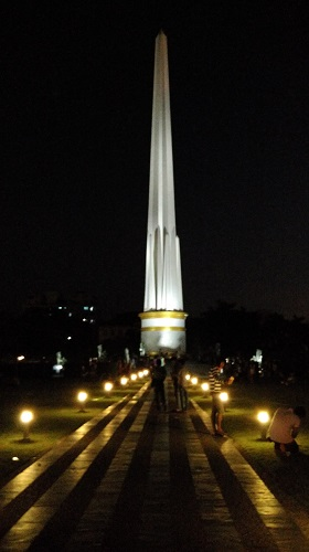 Yangon Independence Monument Obelisk near Sule Pagoda by DrifterPlanet.Com