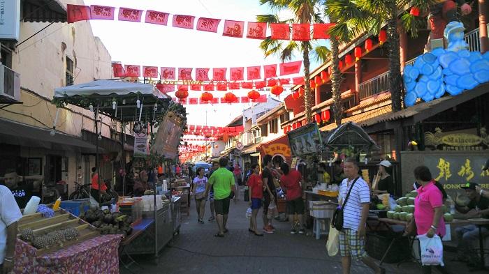 Jonker Street Melaka Day