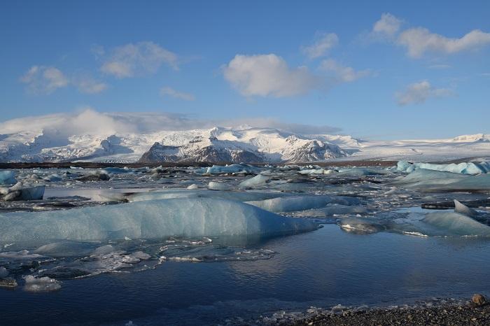 Jökulsárlón, Iceland - 50 Surreal Travel Destinations