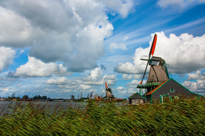 Zaanse Schans, Holland - 50 Surreal Travel Destinations