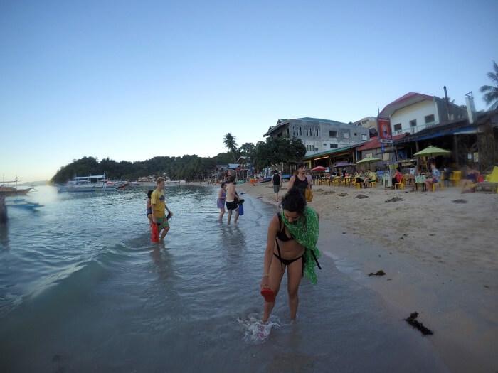 Crowded main beach of El Nido, Palawan