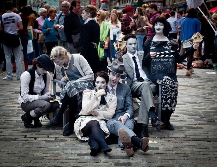 Edinburgh Fringe Scotland - Explore Edinburgh Like a Local