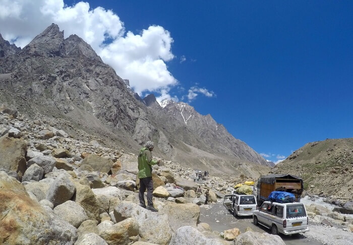 Spiti Valley's narrow roads and traffic jam