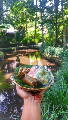 A quick snack in Desa Pentingsari - things to do in Yogyakarta, Indonesia