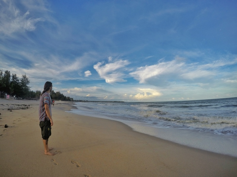 Enjoying the beach at Arugam Bay - Sri Lanka Itinerary