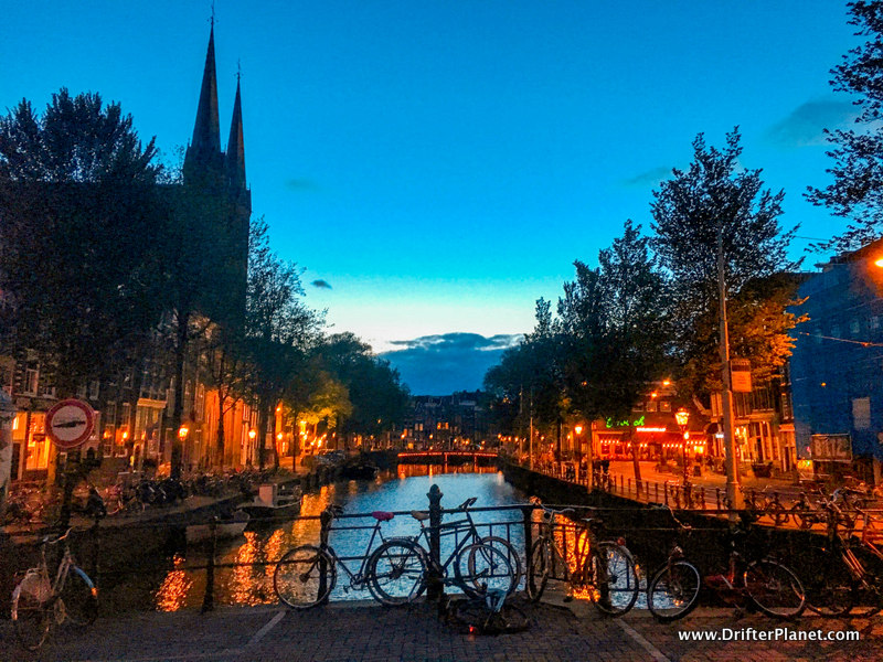 Amsterdam Looks Stunning at Night - the BEST 2 day itinerary for Amsterdam