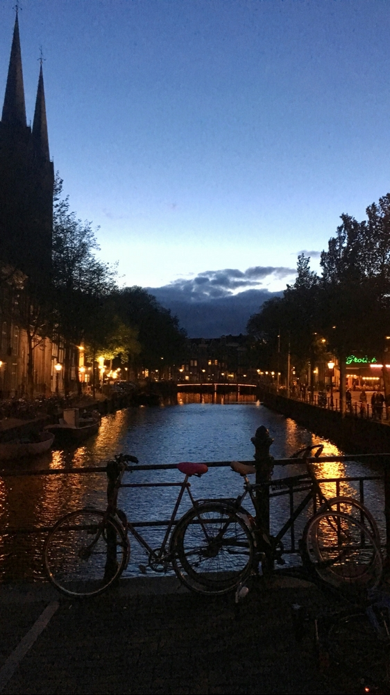 Amsterdam at night - Amsterdam travel tips