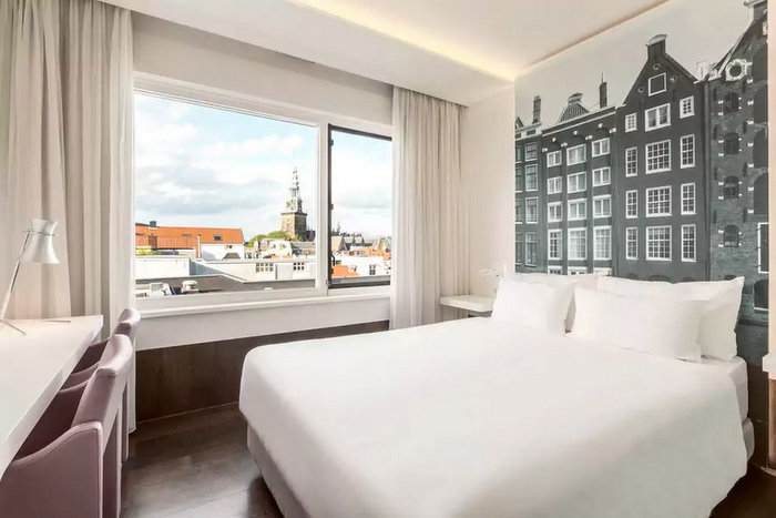 Hotels Around Dam Square Amsterdam