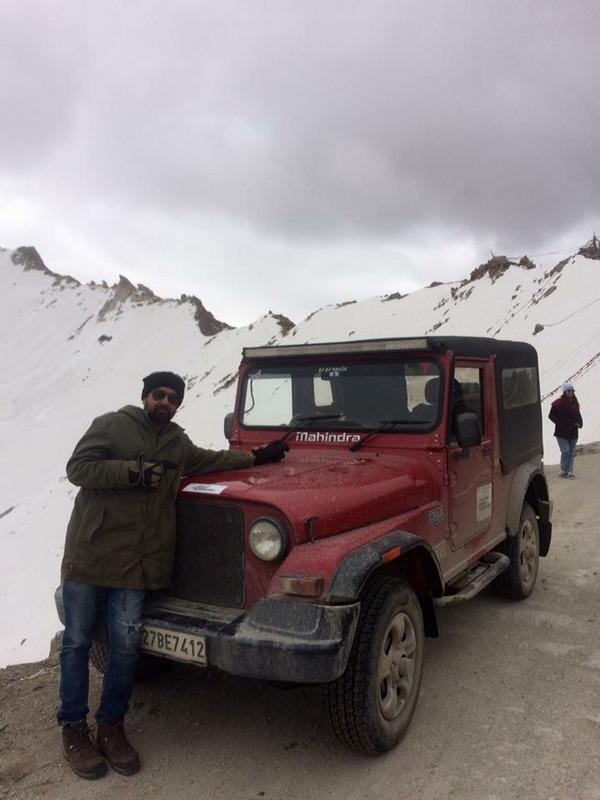 Karan Bhalla and Thor at Khardungla Top - Ladakh Road Trip