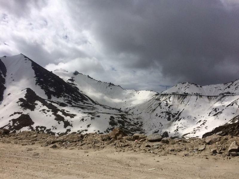Ktop - View from Khardungla Top - Ladakh Road Trip Itinerary
