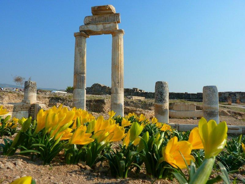 Ancient Roman city - Hierapolis - Pamukkale, Turkey