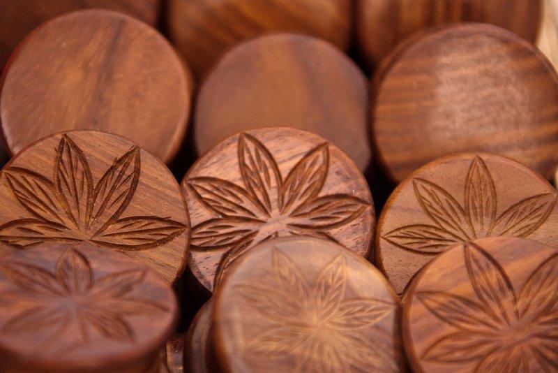 Wooden Weed Crushers - Amsterdam Coffeeshops