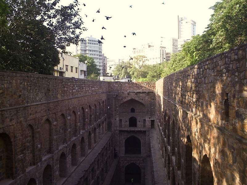 Agrasen Ki Baoli in Central Delhi - Places to visit