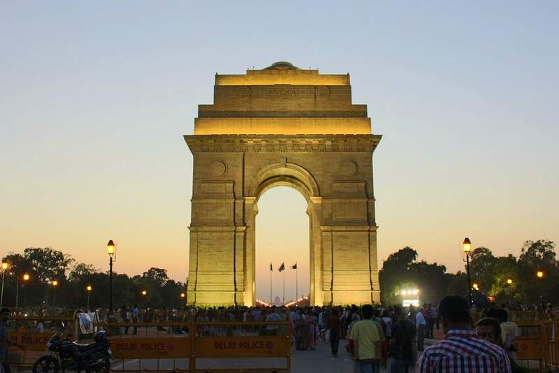 India Gate - New Delhi - places to see and visit