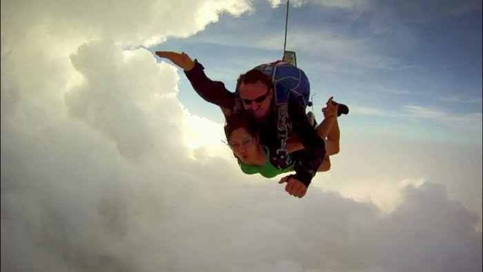 Skydiving in Thailand - One of the very few things that I prebooked