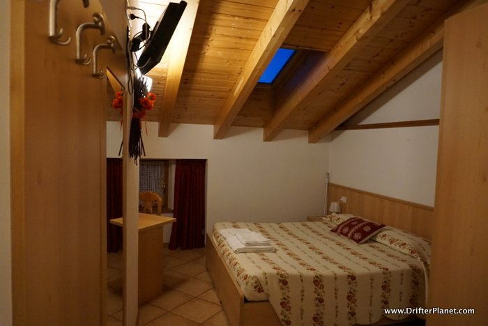 Room in Agritur Residenza De Poda, Flavon, Val di Non, Italy
