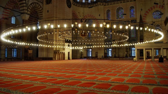 Low Hanging Lamps inside the Blue Mosque, Istanbul