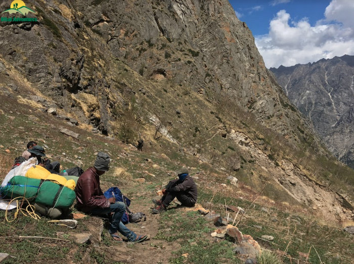 Bhoj Kharak on the way to Kedartal Trek