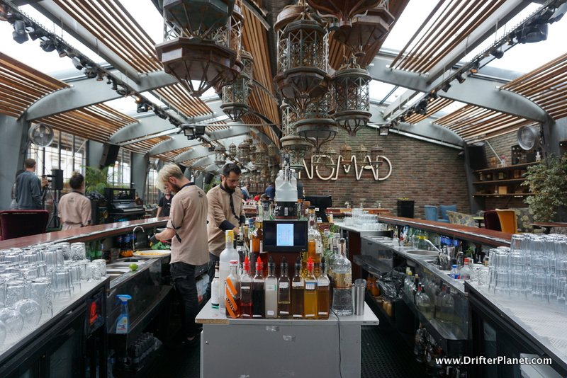 Nomad Skybar, Bucharest - I loved the interiors
