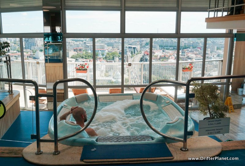 Roof top spa with in Intercontinental Bucharest - Jacuzzi with a view