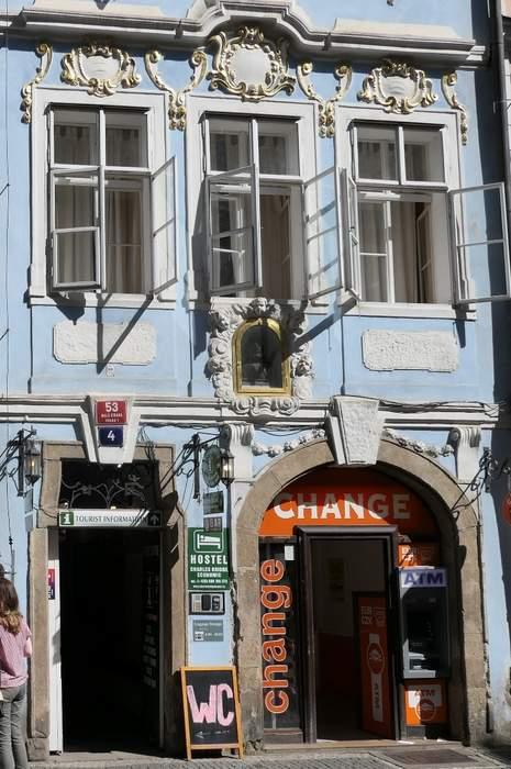 Charles Bridge Economic Hostel - top hostels in Prague