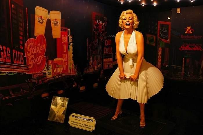 Marilyn Monroe figure Inside Sexmuseum Amsterdam Venustempel