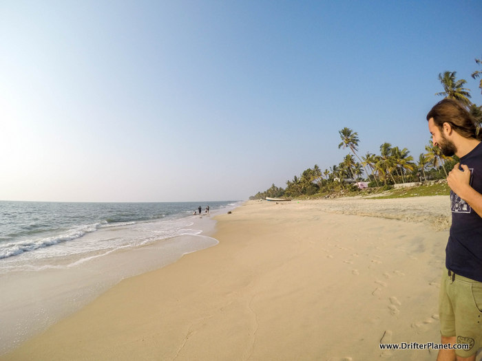 Alleppey beach area, Kerala - how empty is the beach