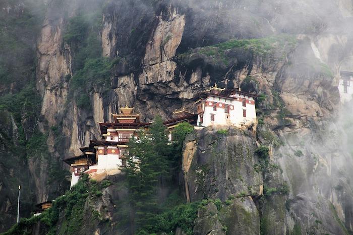 Trekking in Bhutan - the Last Shangri La [Where to Go] | Drifter Planet