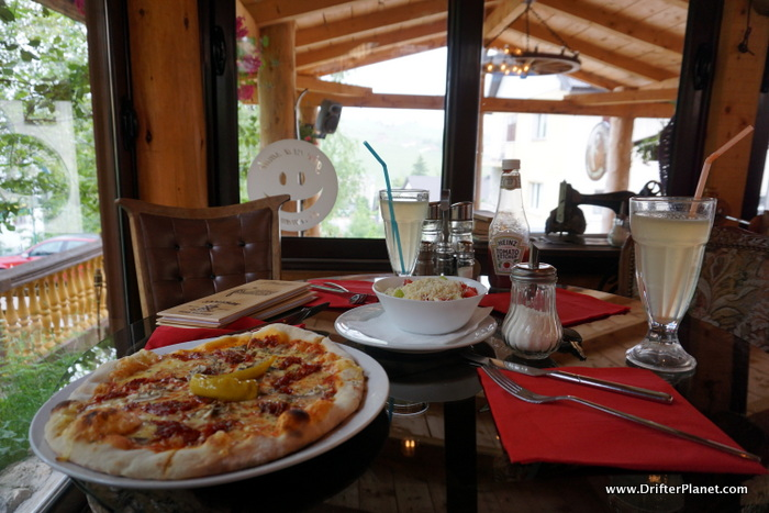 Food in Zlatni Papagaj Zabljak, Durmitor National Park