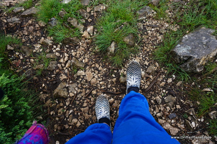 Wrong hiking shoes - canvas shoes get slippery when it rains