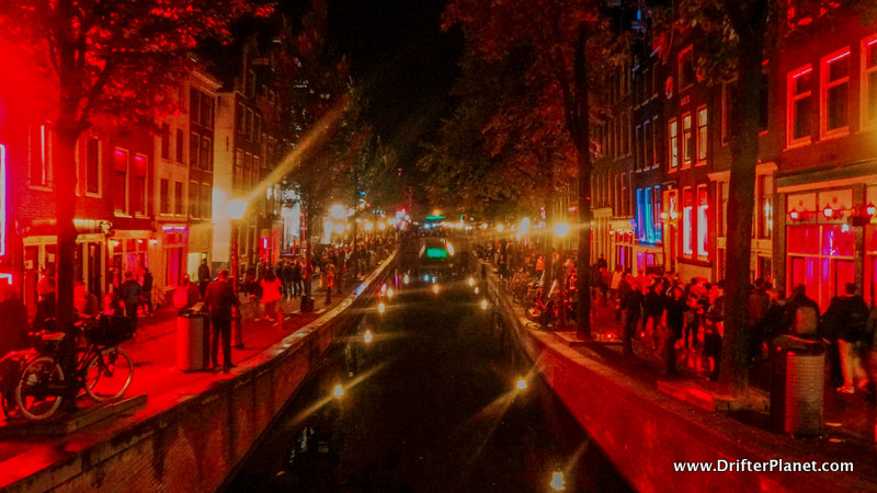 Red Light District in Amsterdam - Travel Tips for Amsterdam