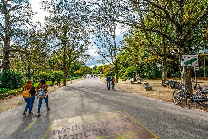 Visit Vondelpark in Amsterdam to beat the crowds