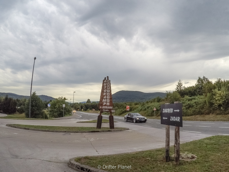 Driving to Plitvice Lakes from Zagreb or Zadar, Croatia