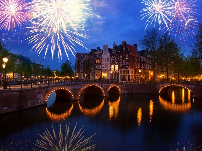 Amsterdam Nightlife Guide - best nightclubs and bars