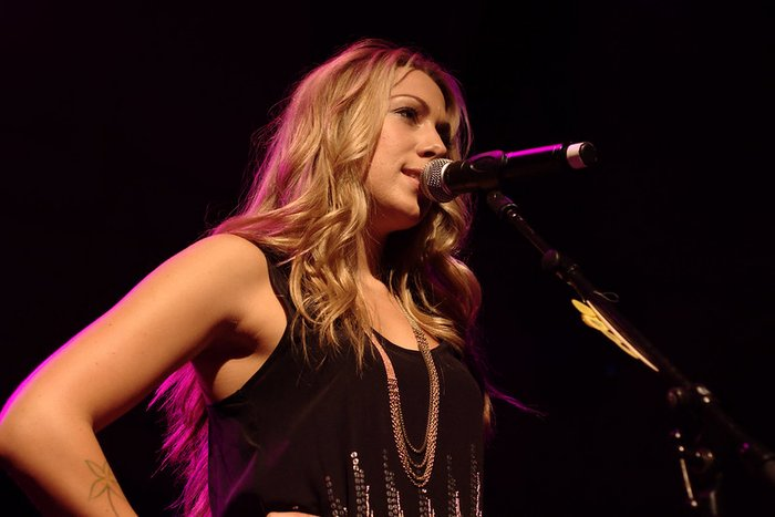 Colbie Caillat playing in Paradiso, Amsterdam by Martijn vd - (CC BY 2.0) VIA Flickr