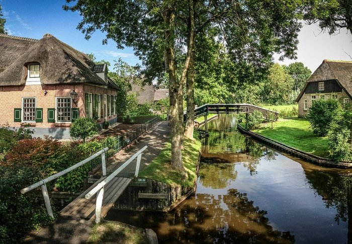 Giethoorn - Places to visit in Netherlands