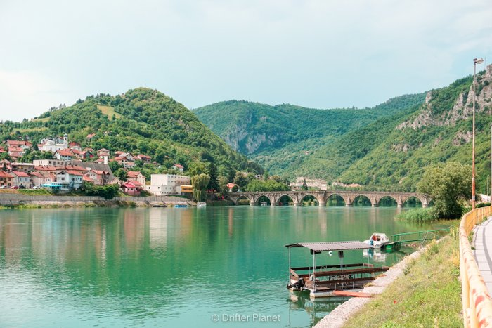 Mountains, Drina river and Mehmed Paša Sokolović Bridge in Višegrad, Bosnia & Herzegovina