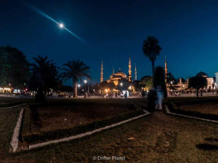 Outside the Blue Mosque at night, Istanbul - Turkey Travel Tips